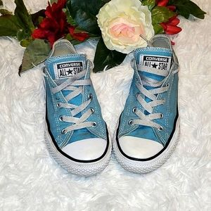 Converse All Stars sneakers 💙